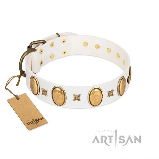 """Chichi Pearl"" Designer Handmade FDT Artisan White Leather Dogue de Bordeaux Collar with Ovals and Studs"
