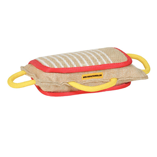 Durable natural jute bite pad for Dogue de Bordeaux training