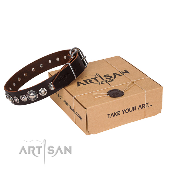 Genuine leather dog collar made of best quality material with durable fittings