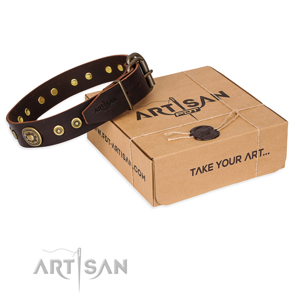 Natural genuine leather dog collar made of top rate material with strong fittings