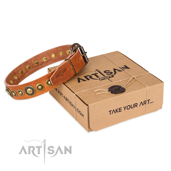 Best quality natural genuine leather dog collar handmade for handy use